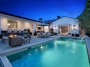 Bella casa con piscina