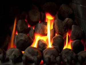 Fuego y piedras