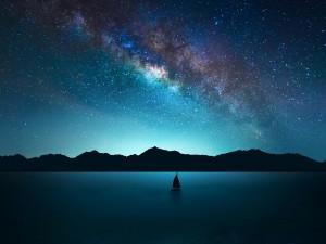 Cielo nocturno con sus estrellas