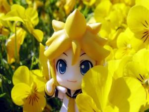 Personaje de anime entre flores amarillas