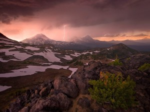 Tormenta en las montañas de Oregón