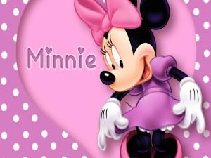 Minnie con un elegante vestido rosa