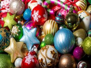 Globos coloridos para Navidad