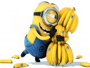 Minion sosteniendo plátanos