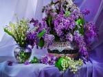 Conjunto de flores lilas y blancas