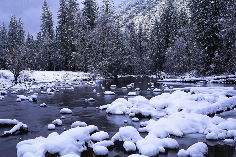 Fondo Escritorio Nevada Navideña: Rocas Bajo La Nieve (80780